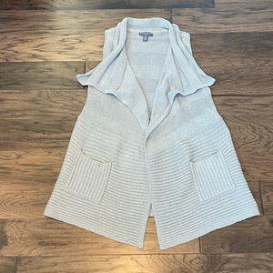 Small Gray A Pea in the Pod Maternity Draped Vest